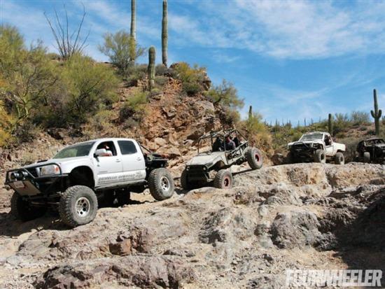 人和车的严峻考验 丰田改装皮卡车大集合