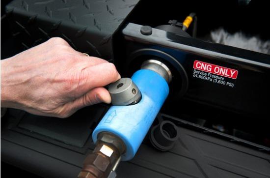 通用汽车2013年将发布两款新型皮卡车 分别为雪佛兰Silverado和通用 Sierra 2500HDs-皮卡车大全